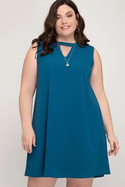 SLEEVELESS SHIFT DRESS WITH HIGH NECK & KEYHOLE