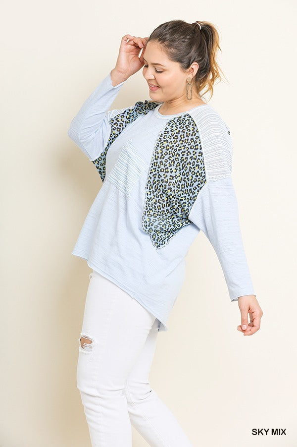 LEOPARD PRINT TRIM BOXY TOP