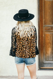 LEOPARD JERSEY TOP WITH LACE 3/4 BELL SLEEVE & ROUND NECKLINE