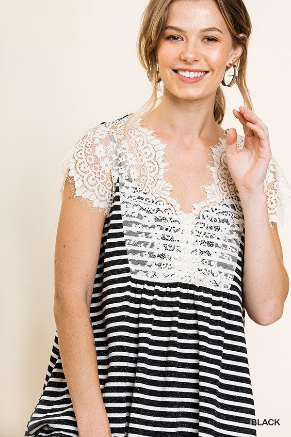 STRIPE SLEEVELESS TOP WITH EYELASH LACE TRIM