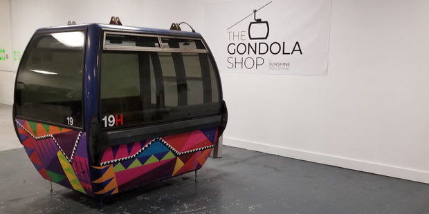 #19H ski resort gondola