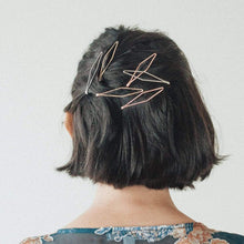 Load image into Gallery viewer, Diamond Metal Bobby Pins
