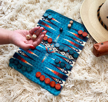 Load image into Gallery viewer, Pendleton Backgammon