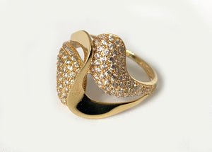 Free Form White Sapphire Ring 18 Karat Yellow Gold