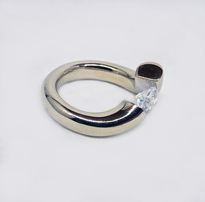 Tension Ring 14 Karat White Gold