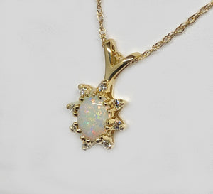 Opal Pendant 14 Karat Yellow Gold and Diamonds