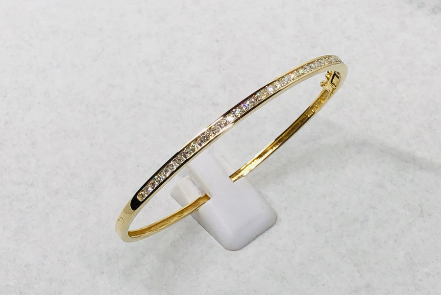 Bangle Diamond Bracelet 14 Karat Yellow Gold