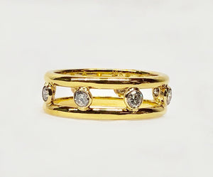 Classic and Cool Diamond Band Open Design 18 Karat Yellow Gold