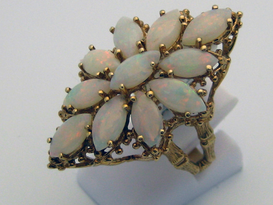Opal Ring 10k Yellow Gold Estate