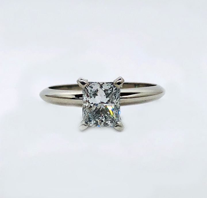 Princess Cut Diamond Solitaire VVS