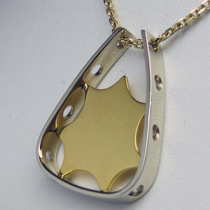 Carminelli Pendant 22K Gold and White Gold