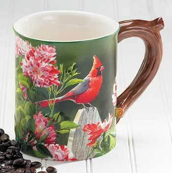 <I>Cardinal</i> Sculpted Mug