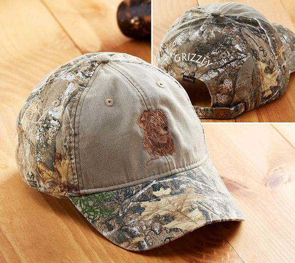 <I>Golden Retriever Sporting Dog</i> Personalized Camo Cap