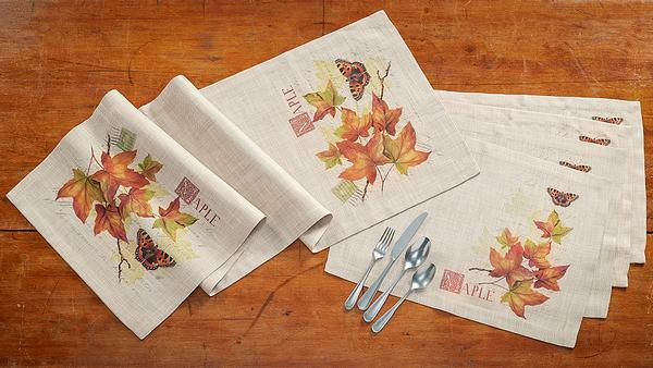 Harvest Maple Placemats and Table Runner