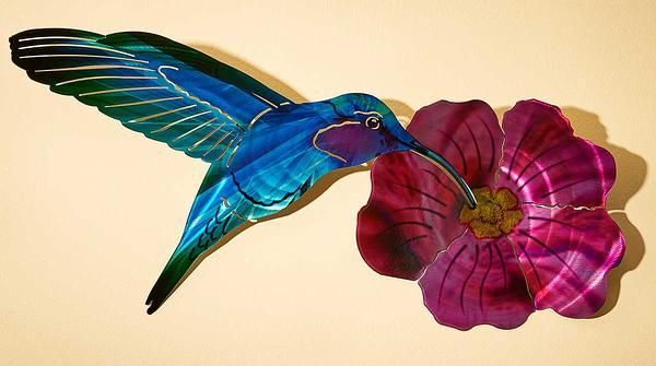 Hummingbird With Fuschia Metal Wall Art