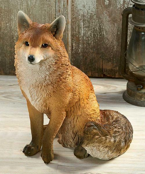 <I>Sitting Fox</i> Sculpture