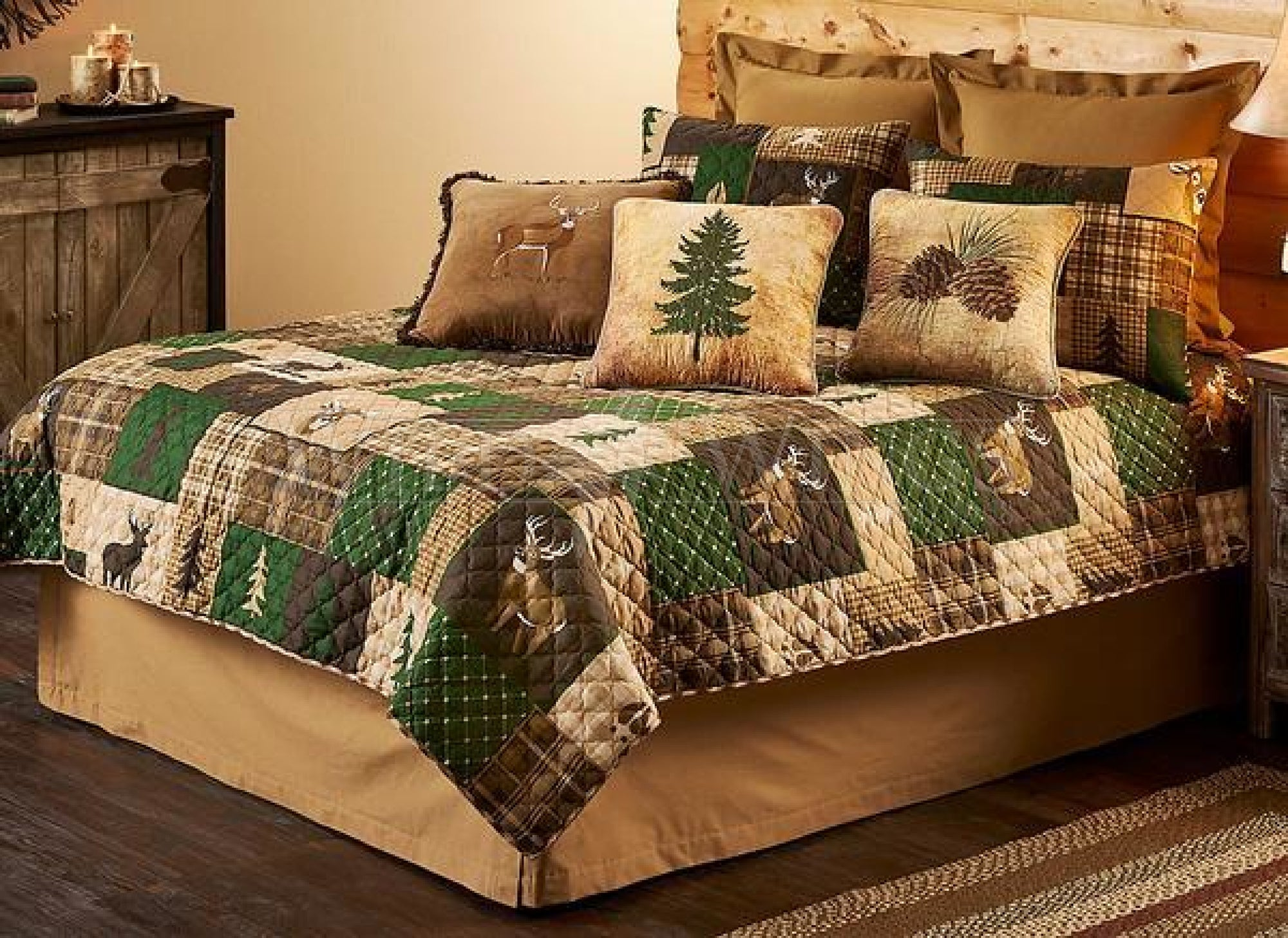 Whitetail Forest Patch Bedding Set (Queen)