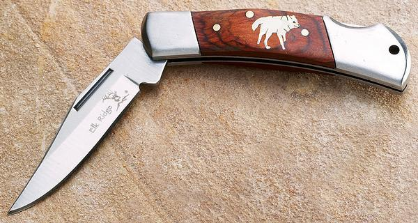 Howling Wolf Pocket Knife