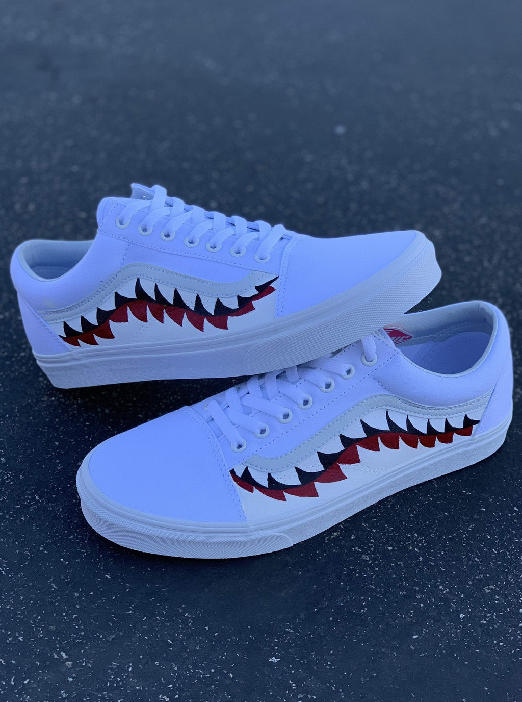 Shark Tooth White Old Skool - dripcreation