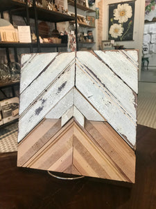 Reclaimed Wood Mountain