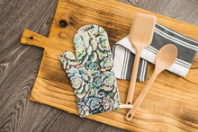Load image into Gallery viewer, Succulent Oven Mitt