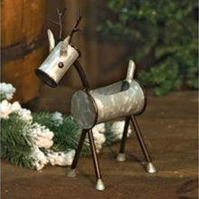 Load image into Gallery viewer, Metal Reindeer