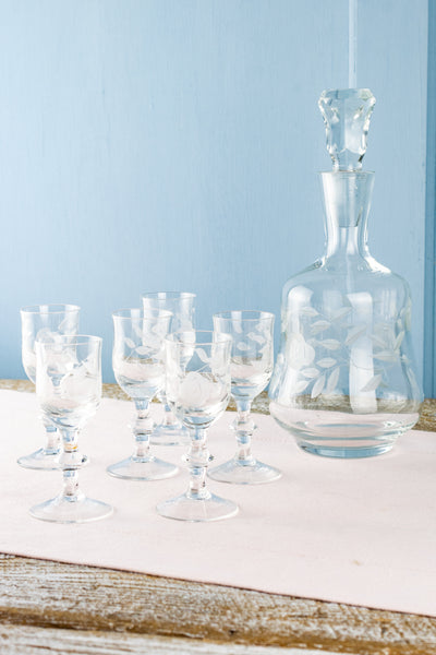 Vintage Etched Glass Decanter with Six Cordial Glasses