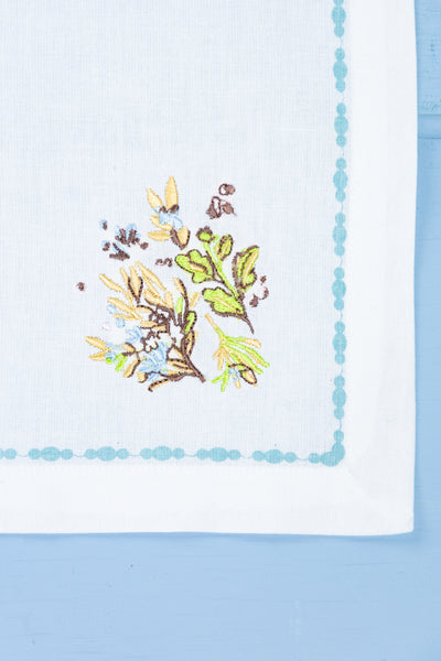 75% OFF! Embroidered Floral Napkins - Set of 4