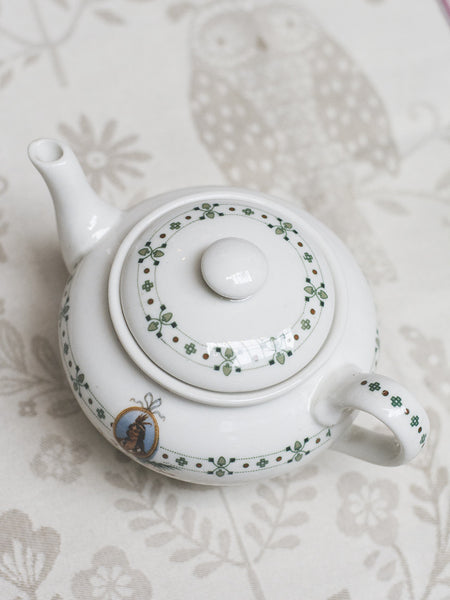 Vintage Indian Queen Hotel Tea Pot