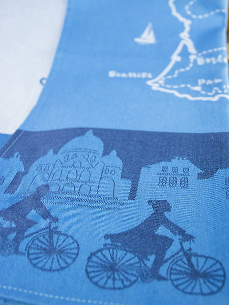 France a Bicyclette Moutet Towel