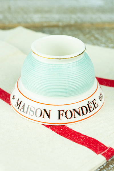 French Maison Fondée Match Strike
