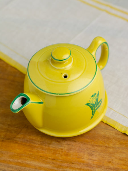 Vintage Pages Infusions Teapot