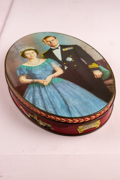 Vintage Queen Elizabeth II 1953 Coronation Biscuit Tin