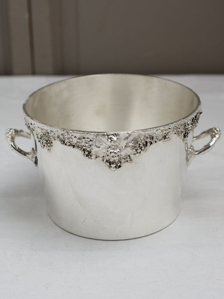 Vintage Silverplate Shenandoah Valley Junior Puppy Ice Bucket