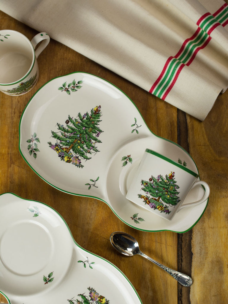 Vintage Spode Christmas Tree \'Tea and Toast\' Set | P.O.S.H.