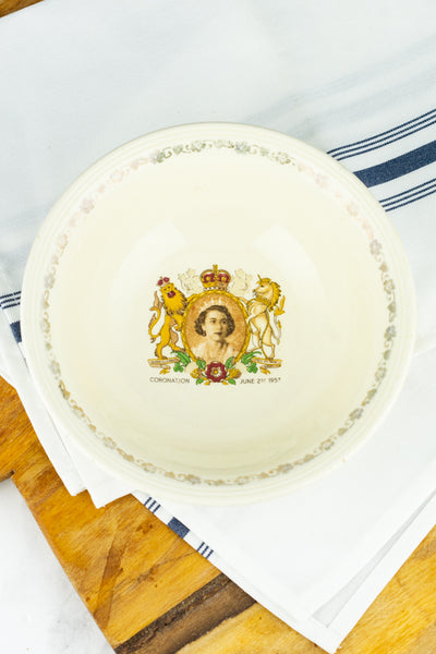 Vintage Queen Elizabeth Coronation 1953 Porridge Bowl