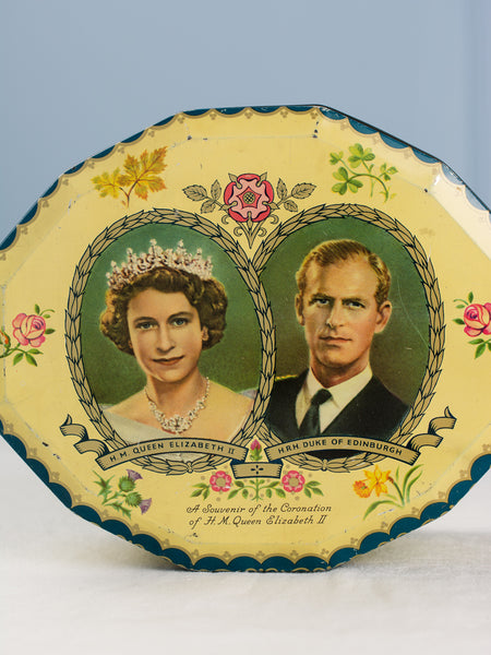 Vintage Coronation 1953 Biscuit Tin