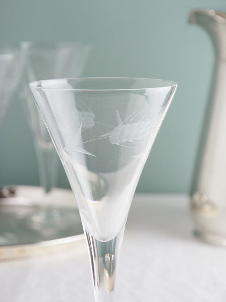 Vintage Mid-Century Etched Glassware - Set of 5