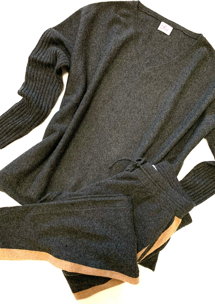 Oversized cozy LOUNGE jet set - 100% cashmere sweater and pant (Sold separately)