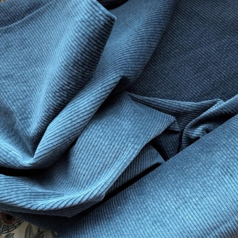Jumbo Wale Stretch Corduroy / Dusty Blue