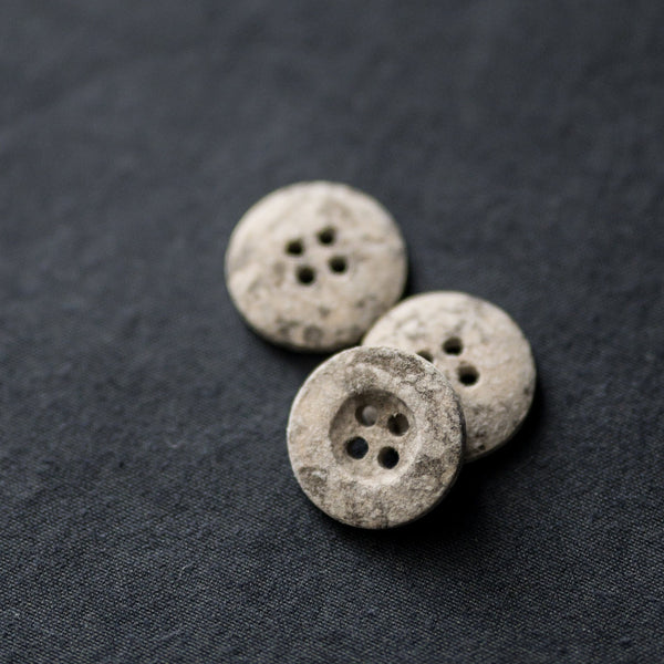 Recycled Resin Buttons / 18mm / Metamorphic
