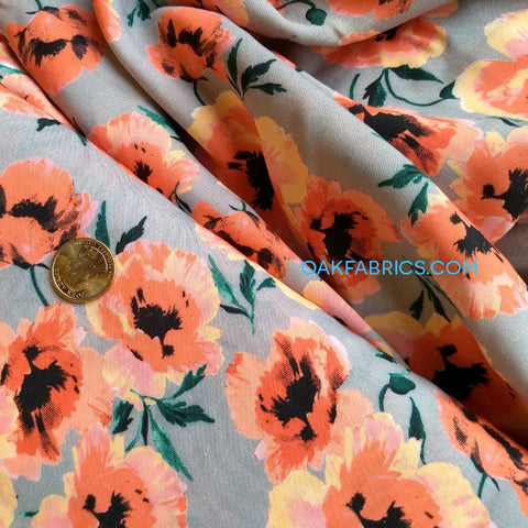 Viscose Crepe / Scattered Poppies / Coral