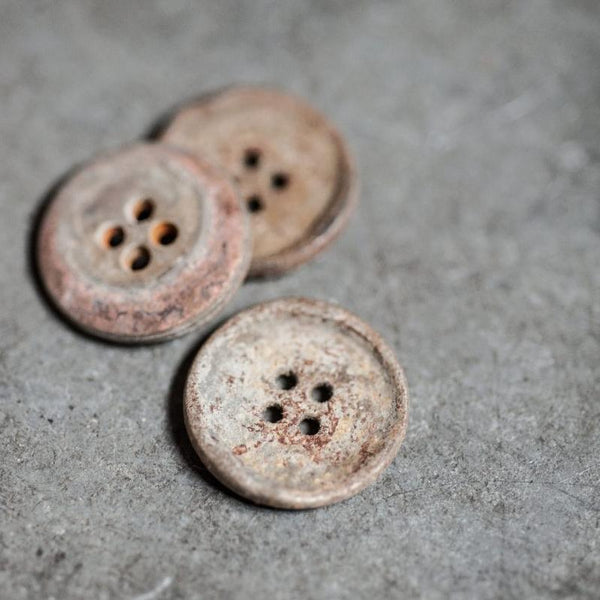 Unearthed Metal Buttons / 15mm or 20mm