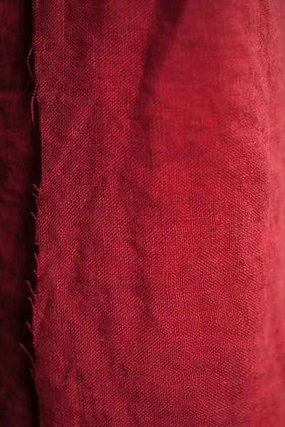 Laundered Linen / Demon Scarlet