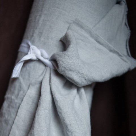 Laundered Linen / Polar Grey