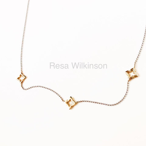 Gold Clovers Two Tone Necklace 14k