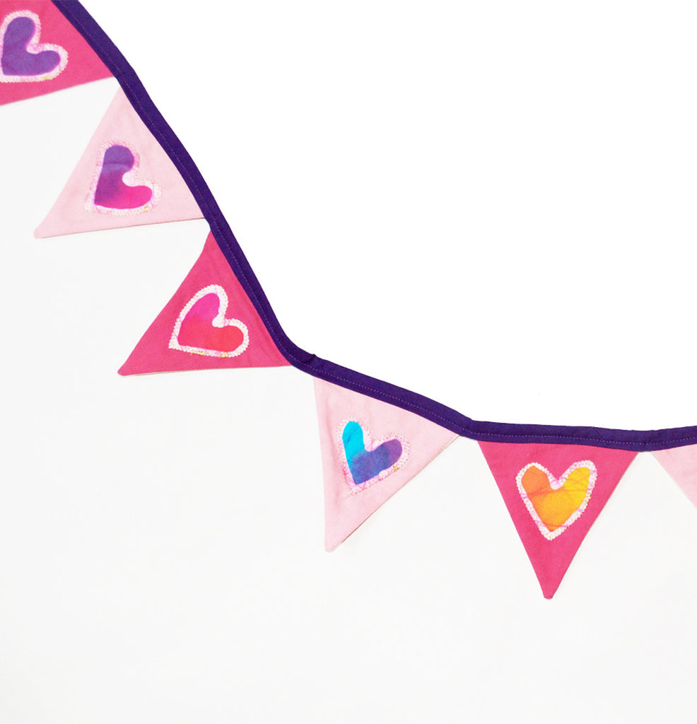 Triangle Hearts Memory Threads Collab (available in more colors)