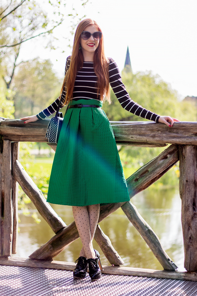 Modest Green Skirt