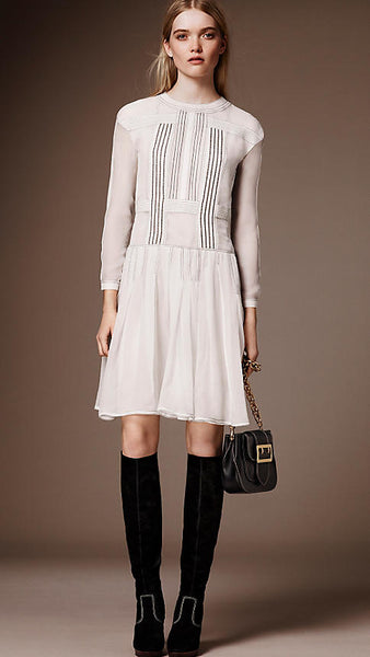 Burberry Ramadan 2016 modest collection white midi dress - Mode-sty