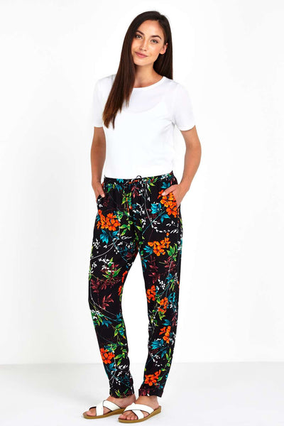 Modest Floral Pant Look